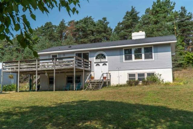 7223 Lightfoot Road, Harbor Springs, MI 49740 Rental Home - Exterior